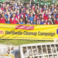 More than 100 church members clean up Commerce Ave.